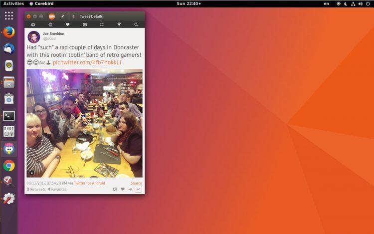 ubuntu dock screenshot with applications button at the top